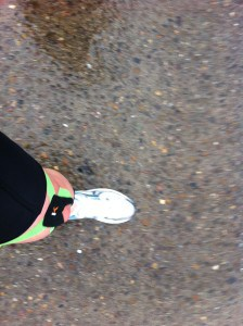 pittsburgh-marathon-taped-knee