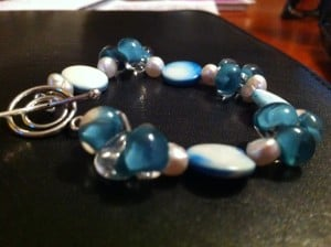 Nancys-fancys-glass-bead-bracelet