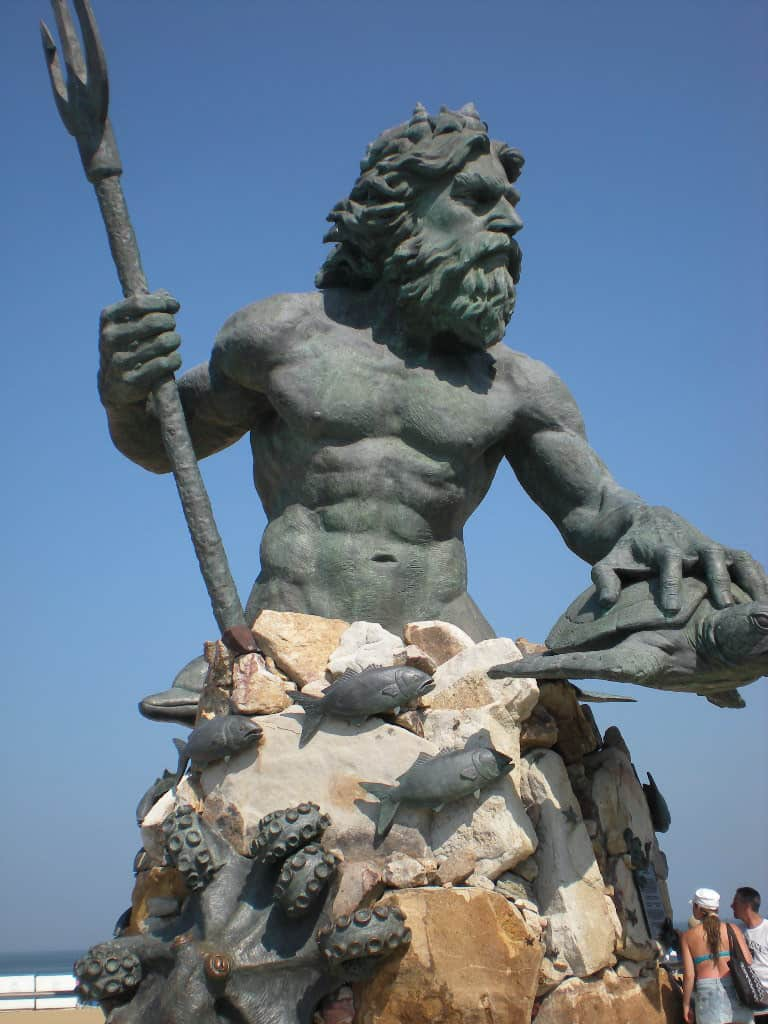 King-Neptune-statue-Virginia-Beach-Boardwalk