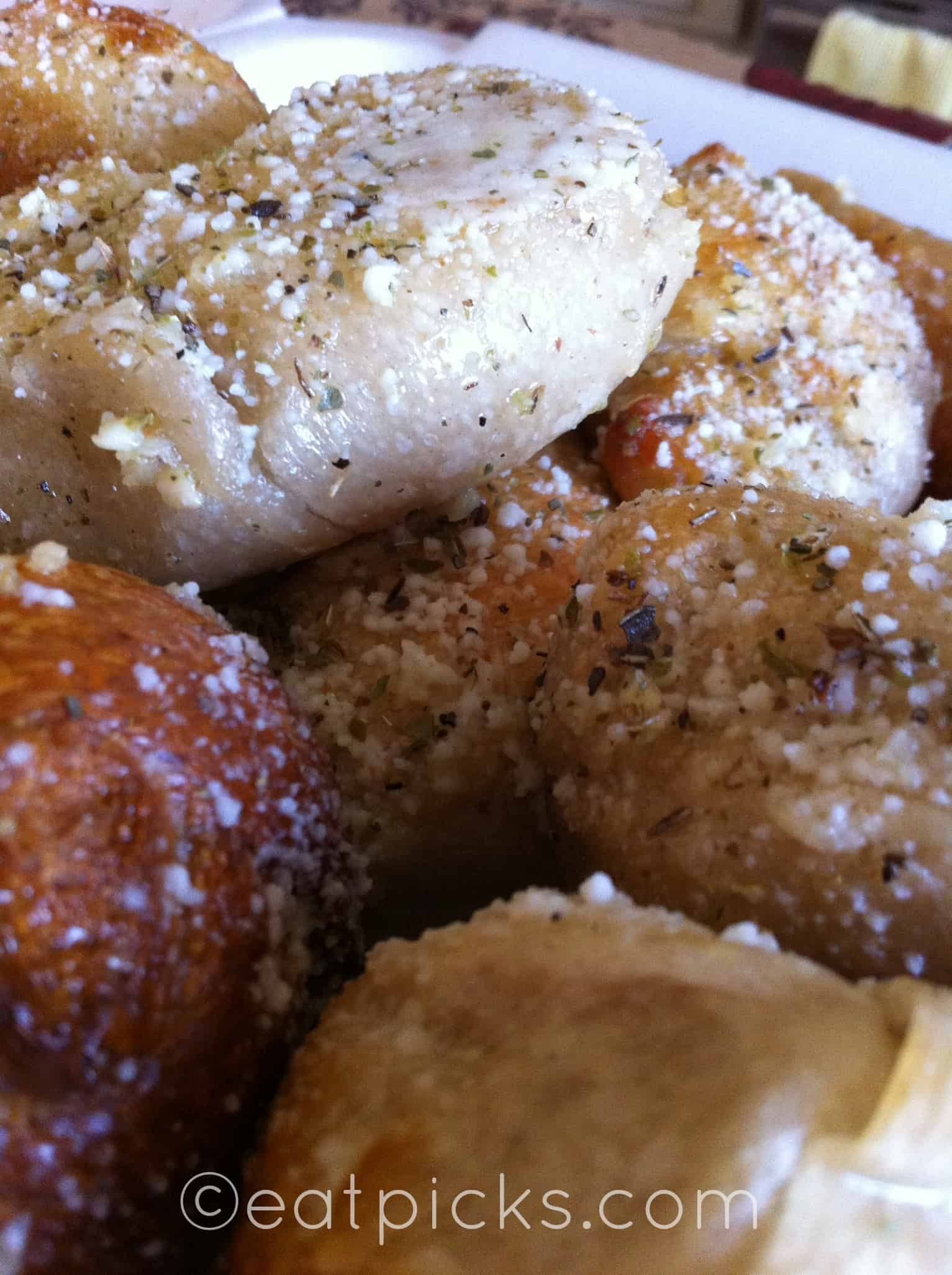 VaBeach2-primo-garlic-knots-eatpicks.com-2012 073