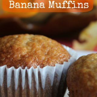 Homemade banana muffins are easy to make and delicious. Full of ripe bananas, vanilla and organic sugar, these are the perfect treat for snacks or lunchbox!