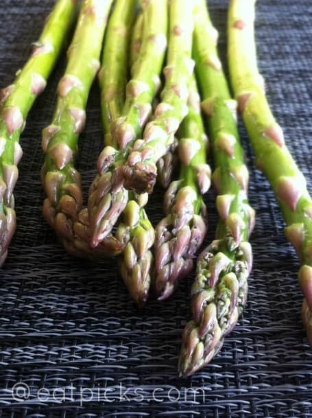 asparagus-tips-eatpicks