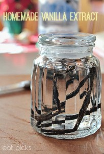 Homemade Vanilla Extract in 3 easy steps