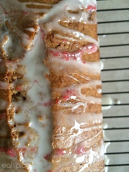 strawberry juice pulp quick bread with glaze is light and delicious.