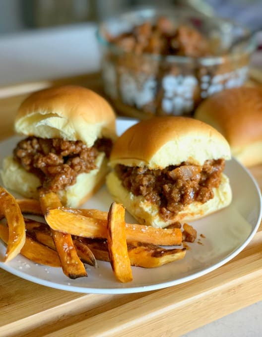 Best Homemade Sloppy Joe recipe is perfect for busy back to school dinners.