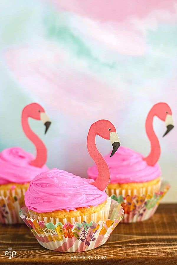 Flamingo Cupcakes for summer party