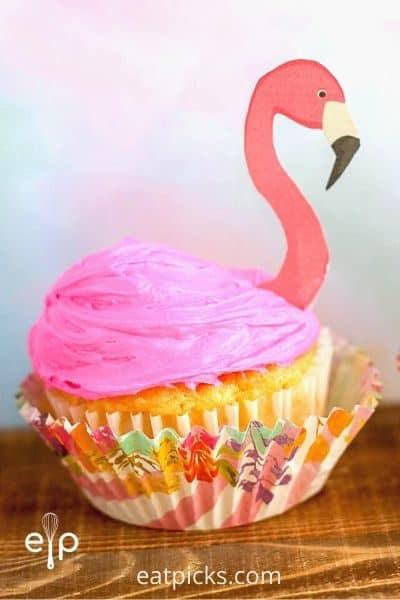 Flamingo cupcakes with flamingo topper